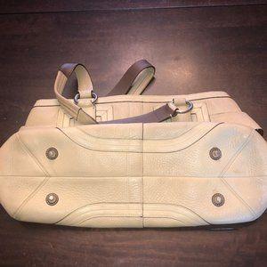 Coach Bags - Coach Hampton beige leather satchel #m05s-2764